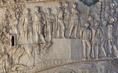 La columna de Trajà i el trofeu d'Adamklissi, dos documents iconogràfics per a la història de les Guerres Dàcies