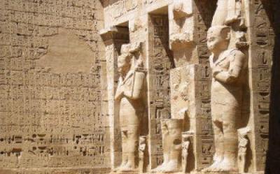 Tebes Oest: el temple de Medinet Habu