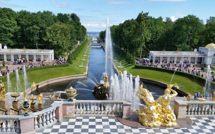 3_BUENACASA_Moscou_Sant_Petersburg