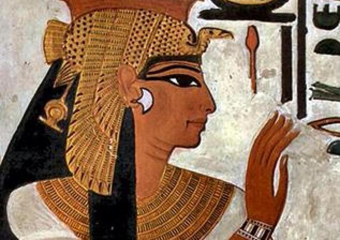 """Nefertari, """"per la que llueix el sol"""""""